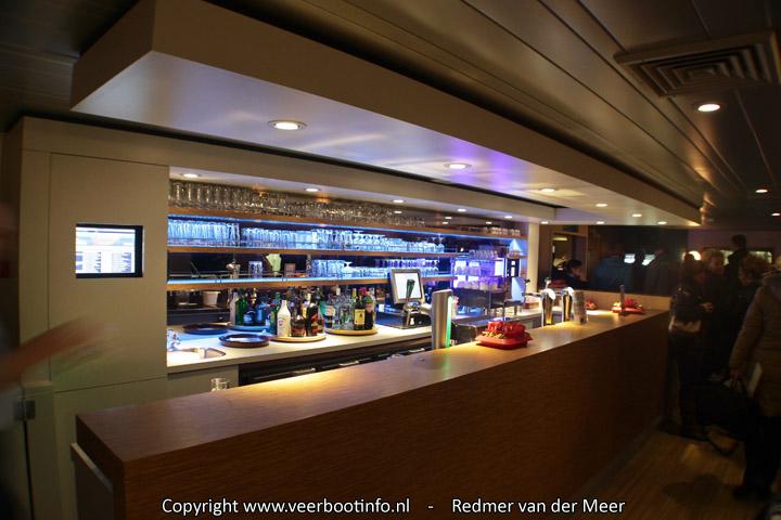 Nieuwe bar veerboot Friesland